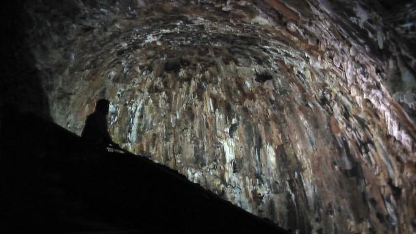 Algar do Carvao, Terceira, kudy tekla láva