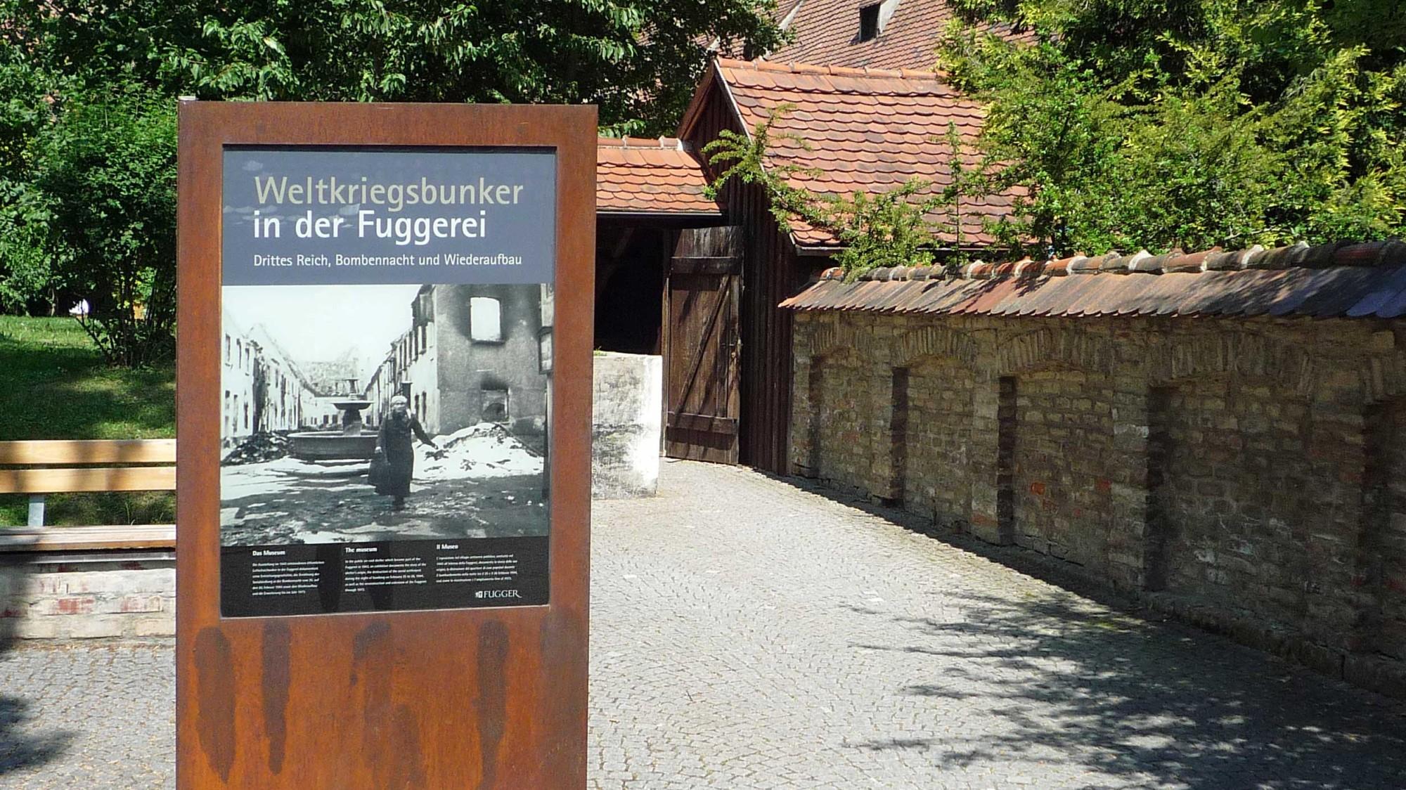 Augsburg: Fuggerei, vstup do protileteckého krytu